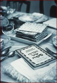 http://www.sattlers.org/mickey/site/archive/2003/04/images/seder.jpg